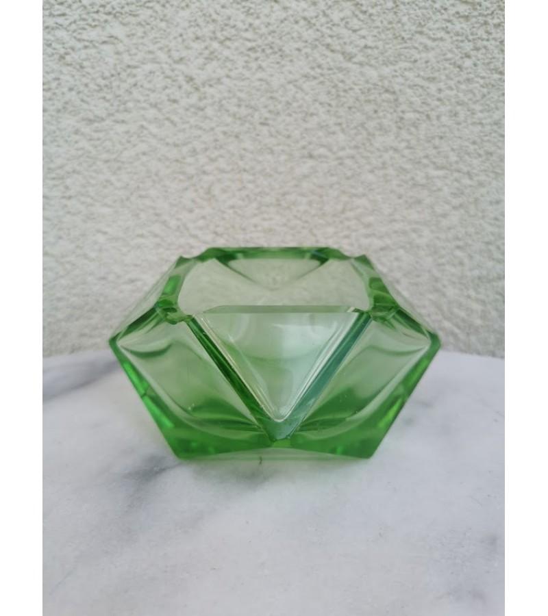 Peleninė šlifuoto stiklo, Art Deco stiliaus, antikvarinė. Kaina 28