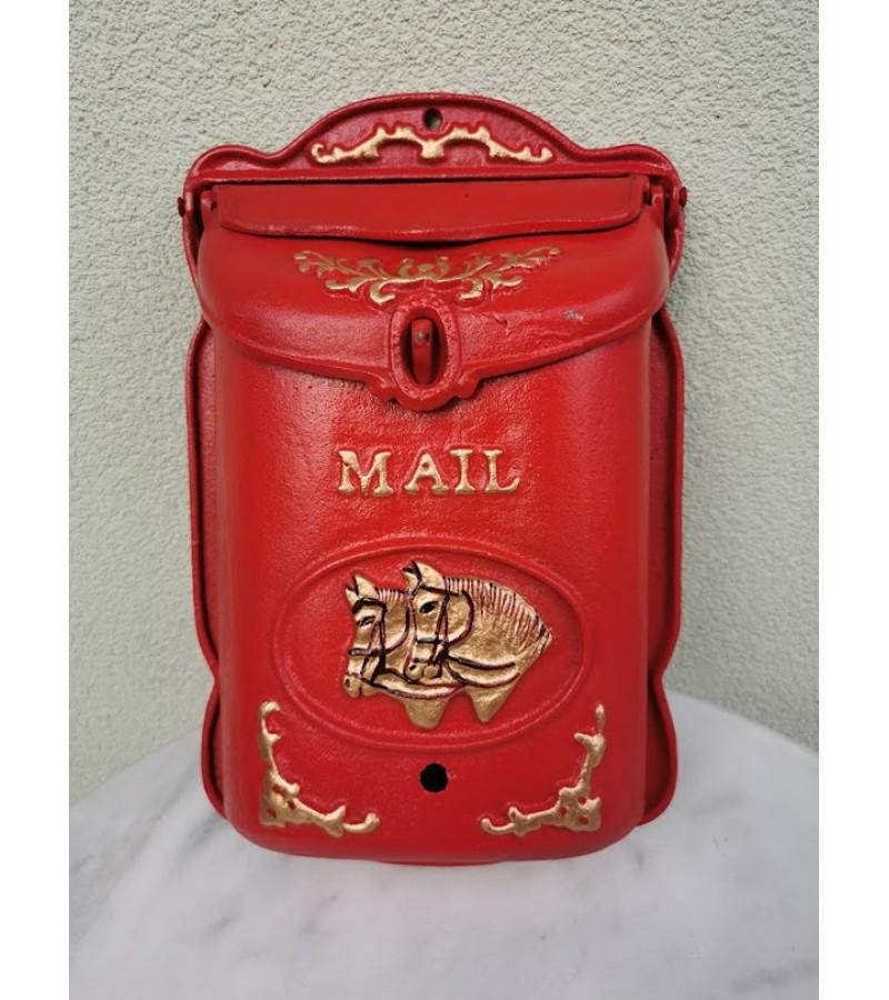 Pašto dėžutė ketaus, špižinė. Olandija. Svoris 8 kg. Kaina 87