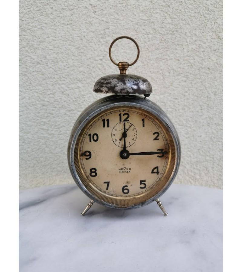 Laikrodis žadintuvas, budnikas antikvarinis, tarpukario laikų. Veikiantis. Kaina 36