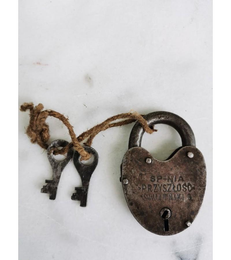 Spynelė antikvarinė, metalinė. Veikianti. Kaina 28