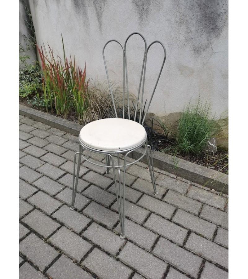 Kėdė metalinė, lauko kavinės tarybinių laikų iš Laisvės alėjos Kaune. Kaina 26