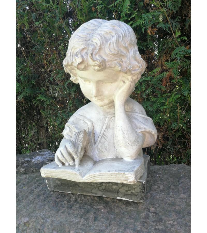 Biustas Vaikas rašo, antikvarinis, gipsinis. Kaina 187