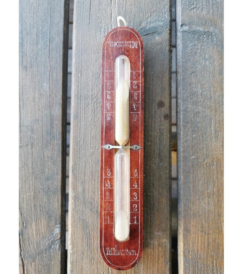Smėlio laikrodis pakabinams, vartomas. 5 min. laikotarpio, medinis, vokiškas. Kaina 28
