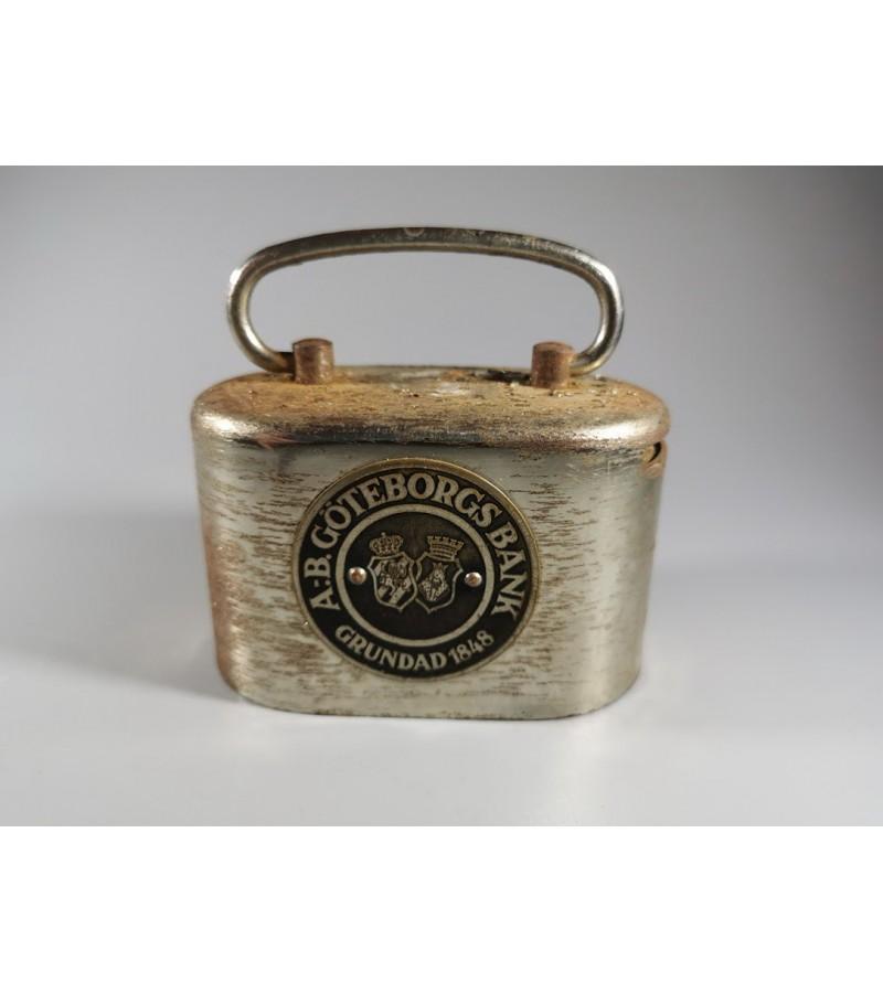 Banko dėžutė monetoms, antikvarinė. Kaina 47