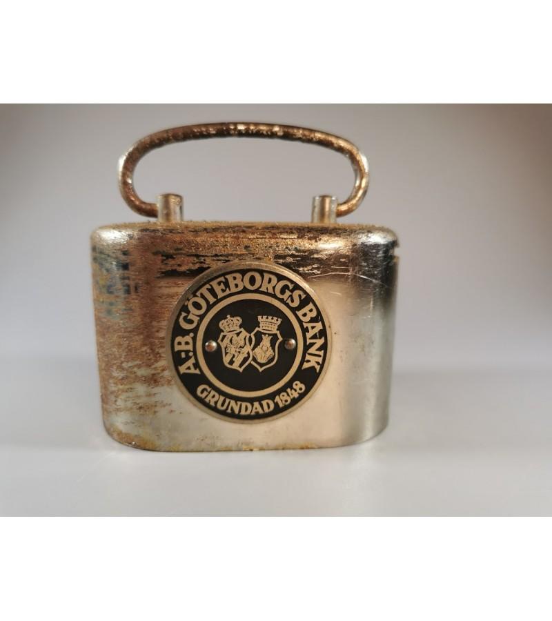Banko dėžutė monetoms, antikvarinė. Kaina 48