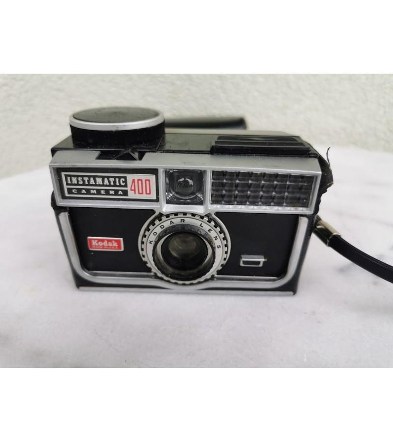 Fotoaparatas Kodak Instamatic Camera 400, originaliame dėkle. 1963-1966 m. Kaina 26