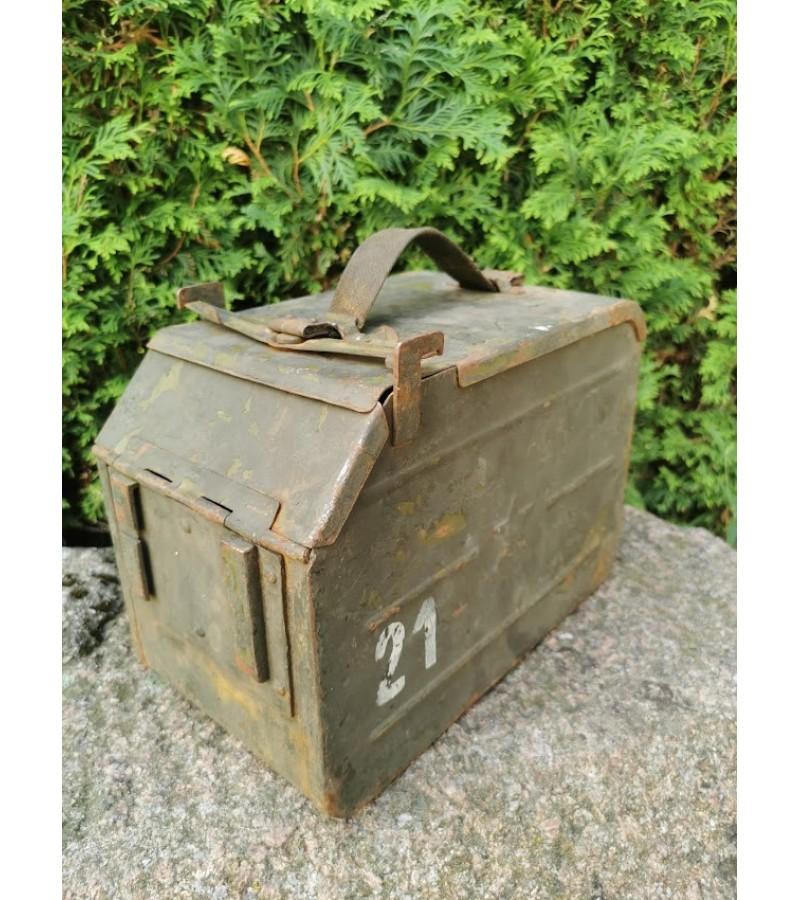 Šovinių dėžė kulkosvaidžio tarybinių laikų. Kaina 43