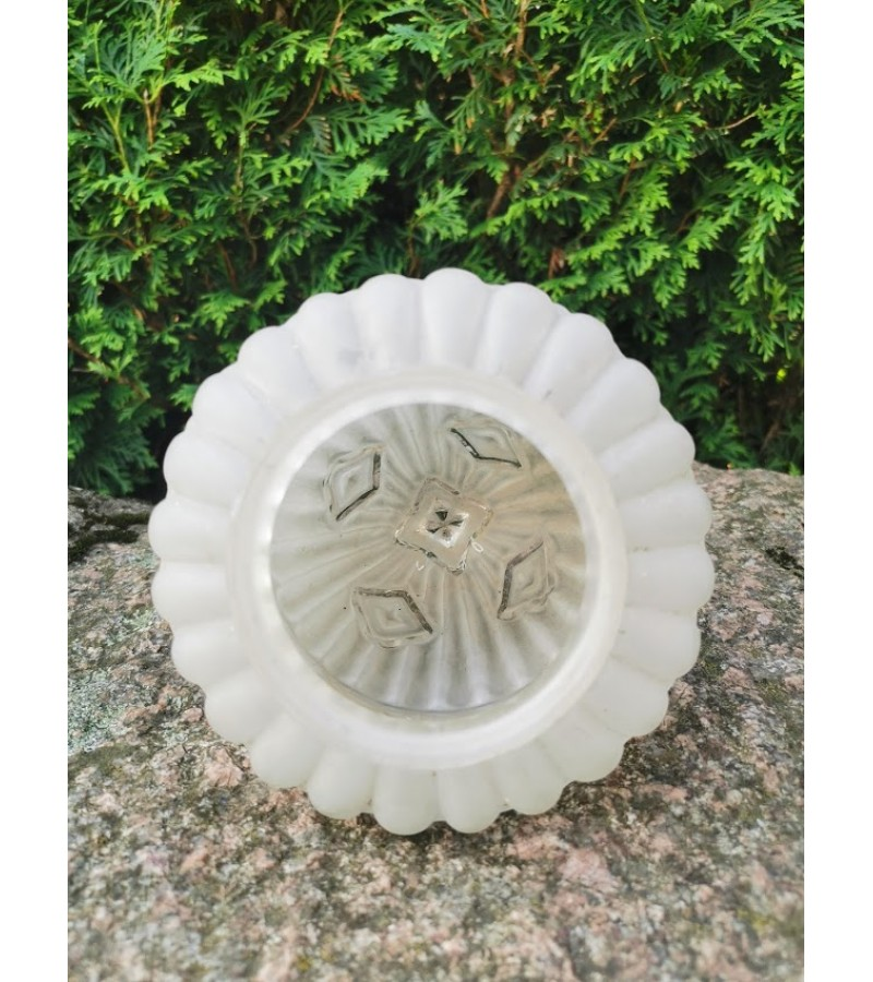 Gaubtas Art Deco stiliaus stiklinis, antikvarinis. Kaina 32