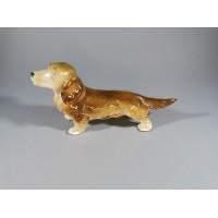 Statulėlė porcelianinė Šuo. Kaina 13
