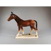 Statulėlė porcelianinė Žirgas, arklys. Katzhütte. Vokietija (GDR). 1958. REZERVUOTA