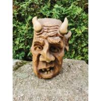 Statulėlė drožinys - Velnias. Svoris 2 kg. Kaina 68