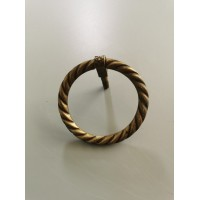 Rankenėlė bronzinė, antikvarinė. Kaina 17