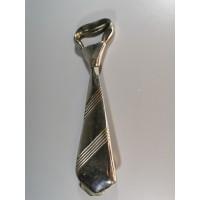 Atidarytuvas - kaklaraištis, metalinis. Kaina 13