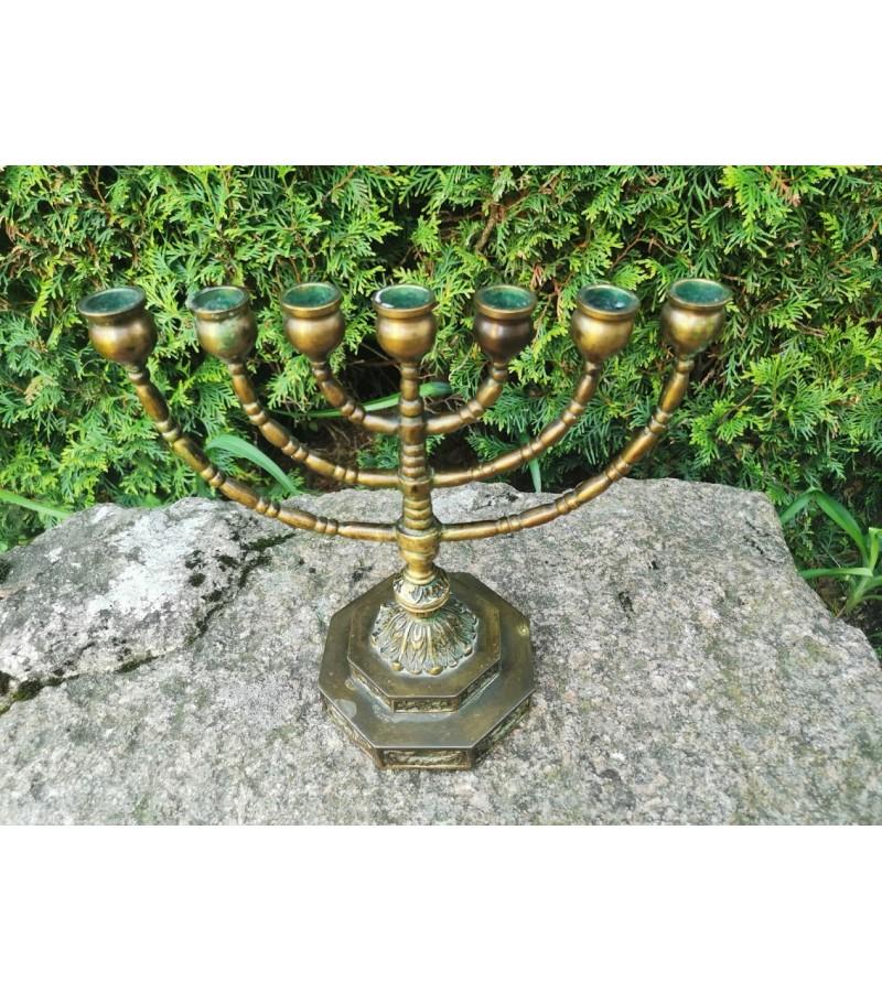 Menora bronzinė, antikvarinė. Kaina 63