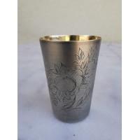Taurelė, stikliukas sidabrinis, auksuotu vidumi, reljefiniu piešiniu. Praba 875. Svoris 54 gr. Kaina 93
