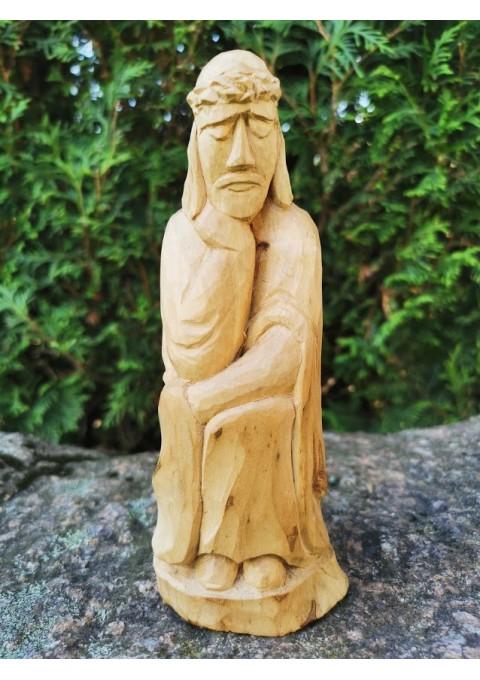 Rūpintojėlis medinis, drožinėtas. Aukštis 18 cm. Kaina 28