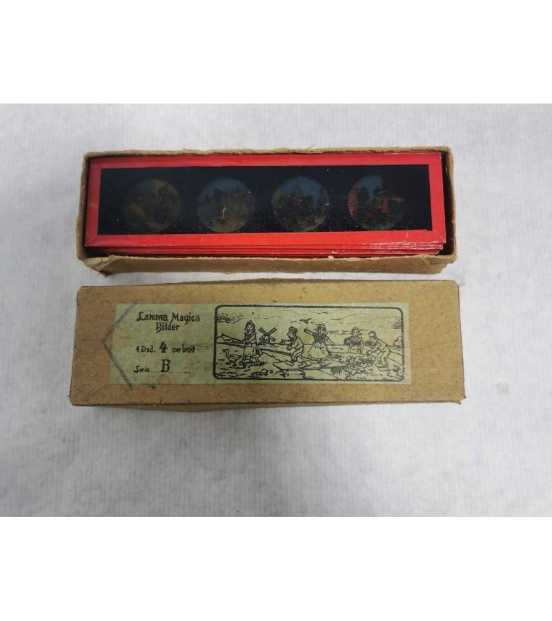 Skaidrės antikvarinės stiklinėje dėžutėje apie 1890 m. 12 vnt.