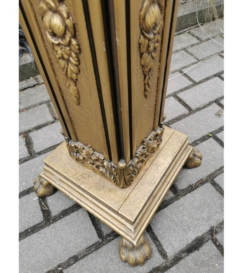 Stalelis, stovelis, kolona medinė, marmuriniu stalviršiu. Kaina 137