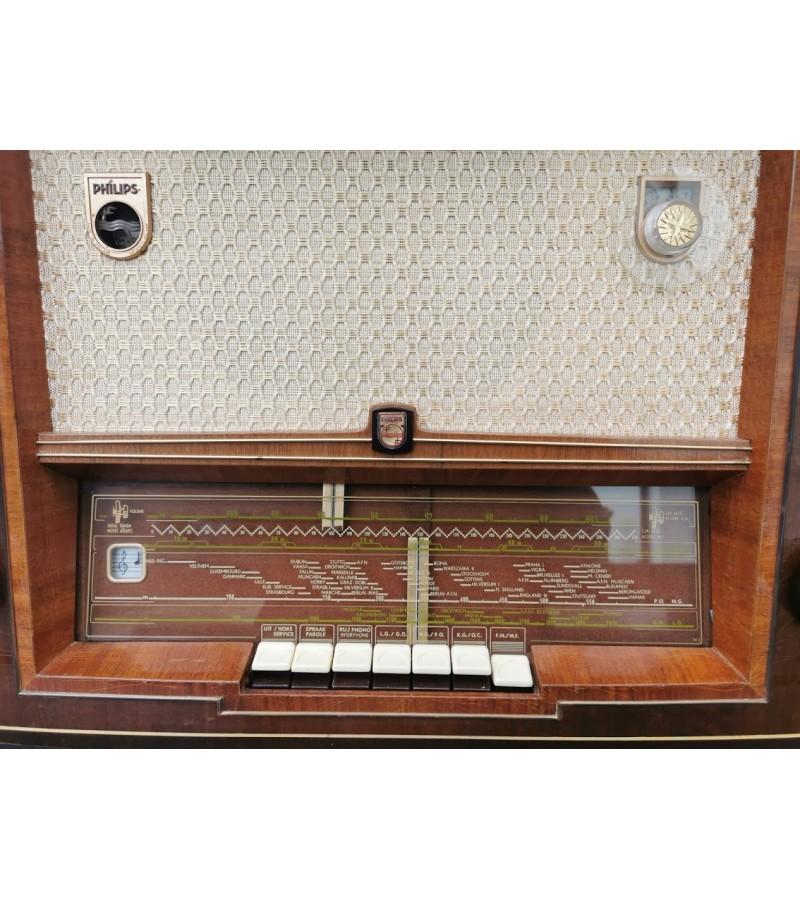 Radija, radio Philips. Veikianti. Kaina 157