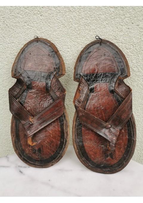 Sandalai rytietiški, odiniai, senoviniai, rankų darbo. Kaina 22