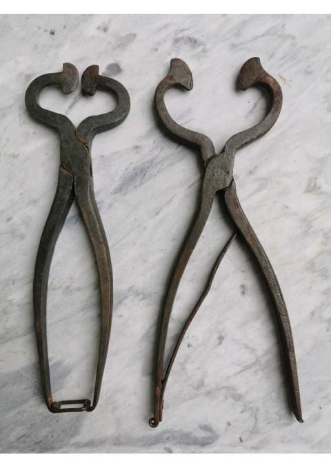 Įrankiai kaltiniai, antikvariniai. 2 vnt. Kaina po 18