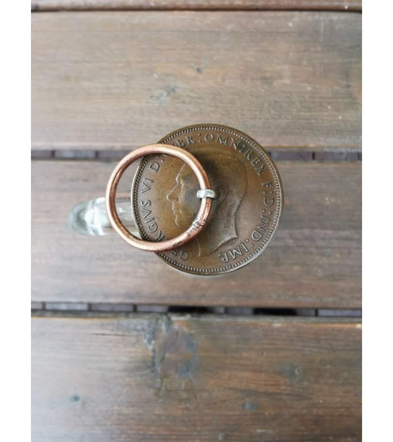 Buteliukas su kamščiu iš monetos. Kaina 17