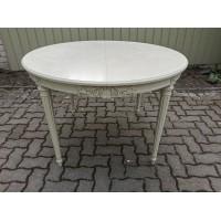 Stalas apvalus Gustavian stiliaus. Tvirtas, galimybė prailginti. Kaina 268