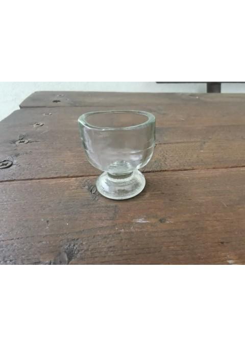 Taurelė medicininė, antikvarinė, storo stiklo. Kaina 16