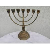 Žvakidė Menora, nemažai naudota. Kaina 43