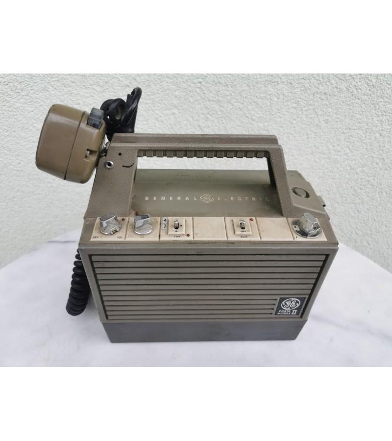 Radio stotelė vinražinė. General Electric. Made in U.S.A. Kaina 53