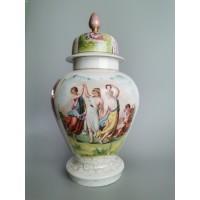 Vaza urna, porcelianinė, antikvarinė. Kaina 83