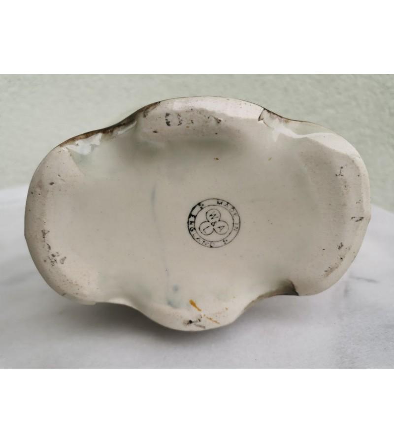 Vaza antikvarinė, angliška. Fajansas. Kaina 83