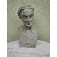Biustas, skulptūra gipsinė STRAZDAS. Autorius Vladas Žuklys. 1959 m. Kaina 113