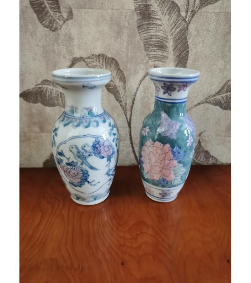 Vazelės porcelianinės. Kaina po 8