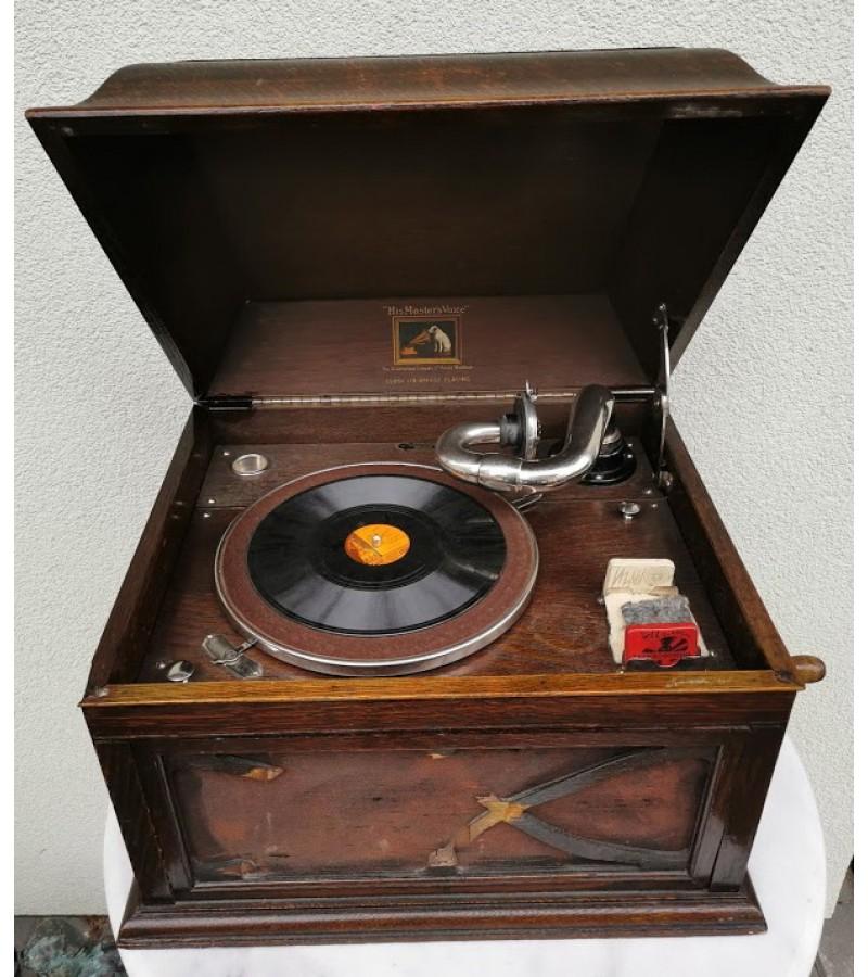 Gramofonas, patefonas His Master's Voice tarpukario, iš Memel. Kaina 310