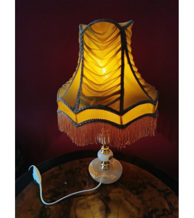 Šviestuvas, naktinė lemputė medžiaginiu gaubtu. Kaina 43