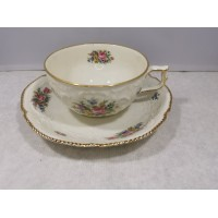 Puodelis su lėkštute porcelianinis Rosenthal Selb-Germany Sanssouci. Talpa 220 ml. Kaina 23