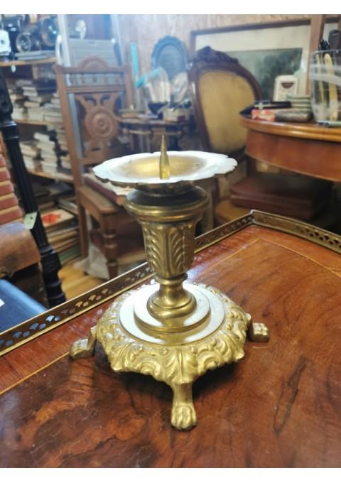 Žvakidė bronzinė. Kaina 16