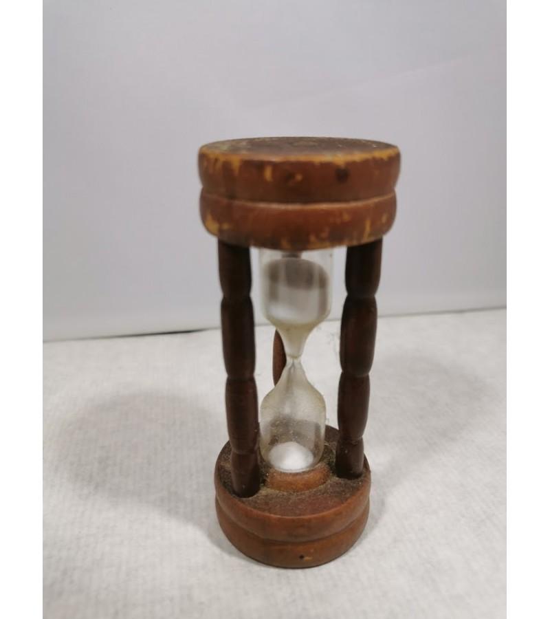 Smėlio laikrodis senovinis. Kaina 12