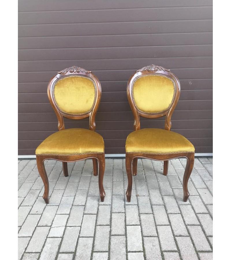 Kėdės antikvarinės. 2 vnt. Kaina po 48