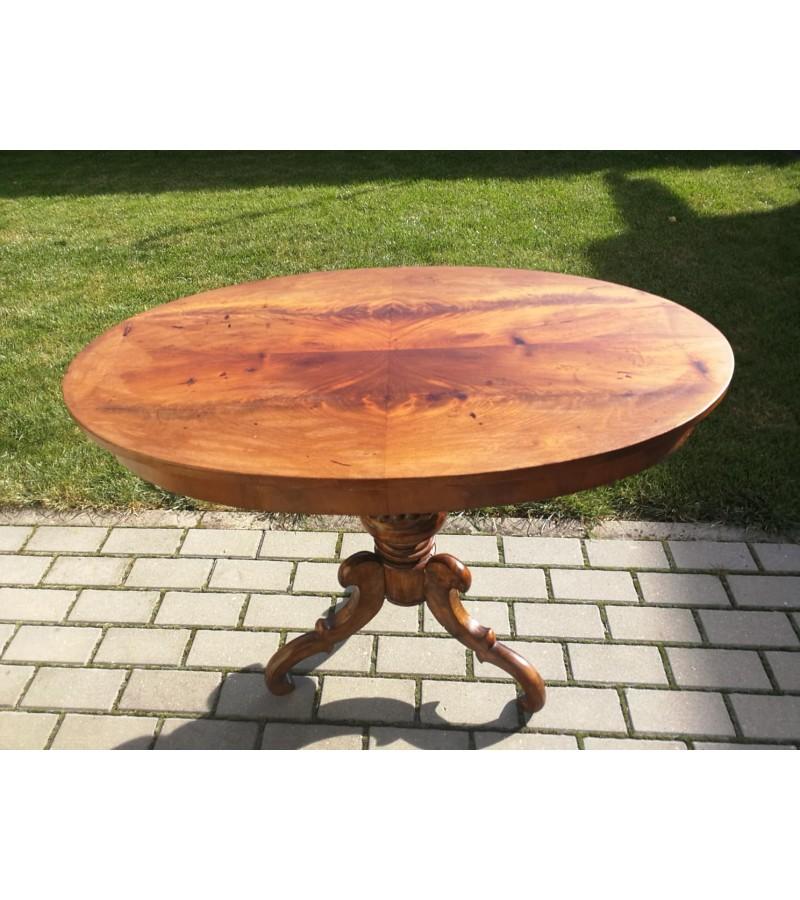 Stalas ovalus, nedidelis, antikvarinis. Kaina 92