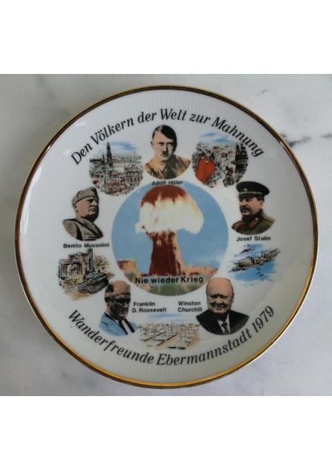 Lėkštė dekoratyvinė Den Völkern der Welt zur Mahnung - Wanderfreunde Ebermannstadt 1979. Kaina 53