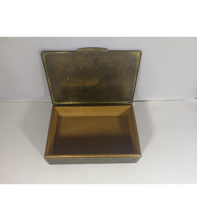 Dėžutė cigarams. Tarpukario Kaunas, Art Deco stilius. Kaina 26