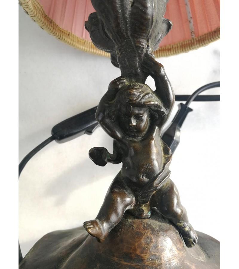 Stalinis šviestuvas varinis, mergaitės figūra. Kaina 28