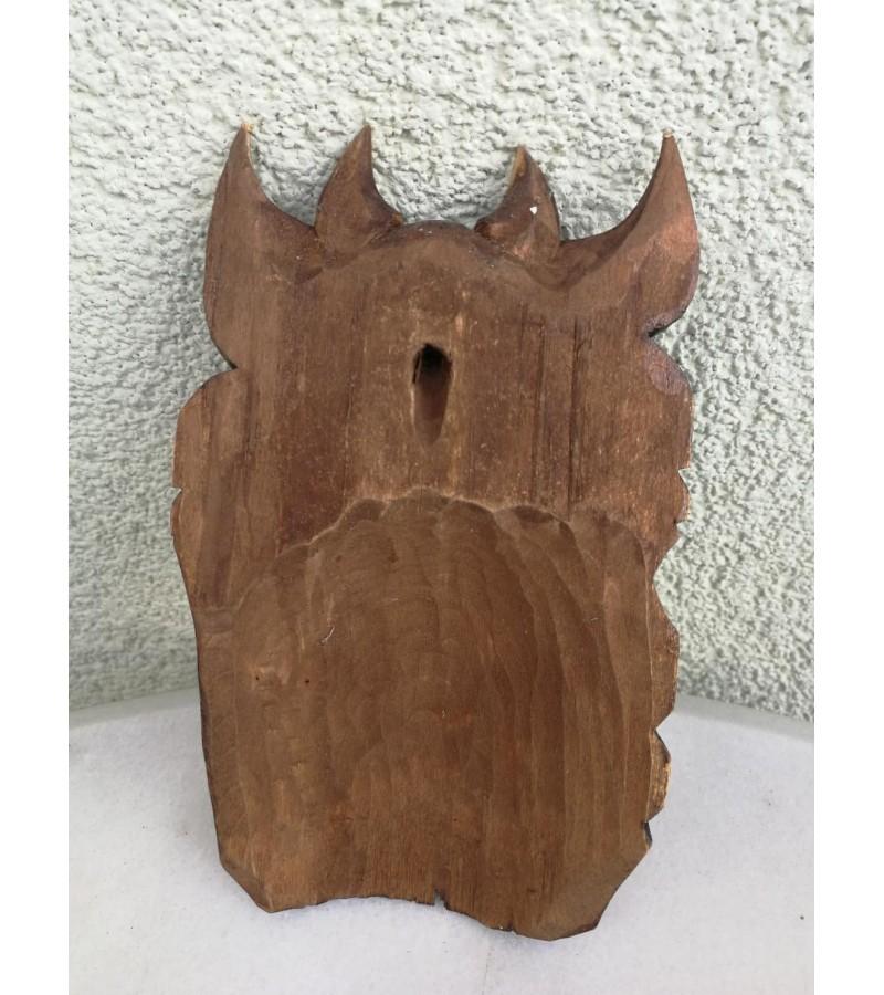 Medžio drožinys Velnias. Kaina 16