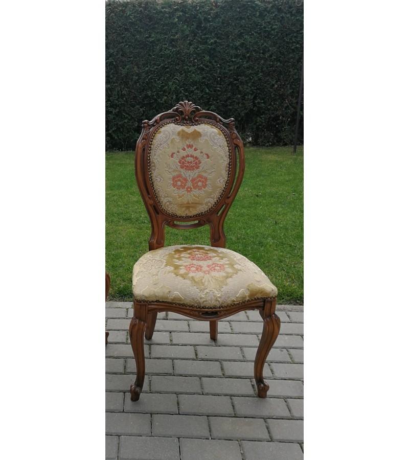 Kėdė. Antikvarinė puošni. Kaina 62