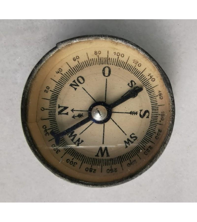 Kompasas antikvarinis. Kaina 23