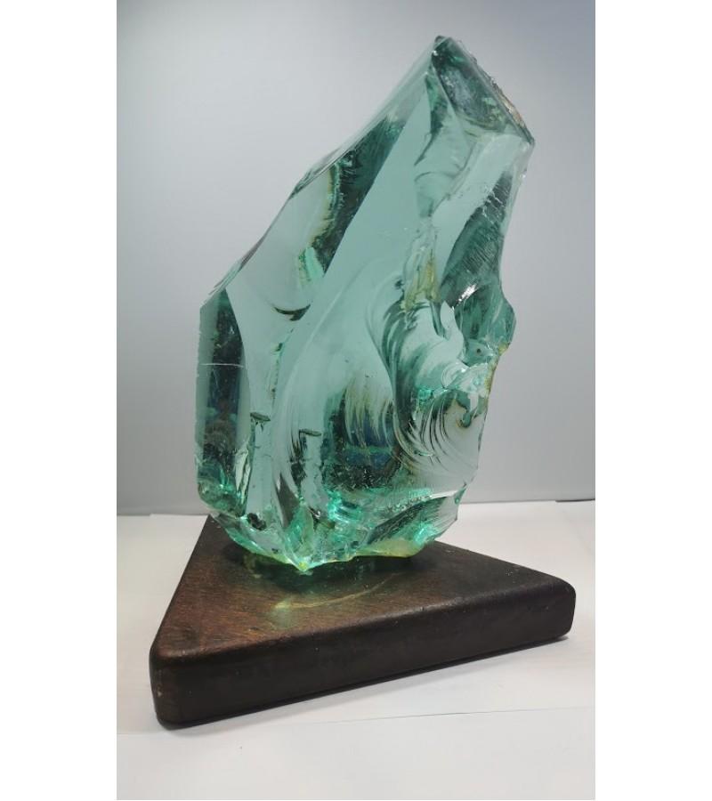 Skulptūra - stiklo luitas. Kaina 72