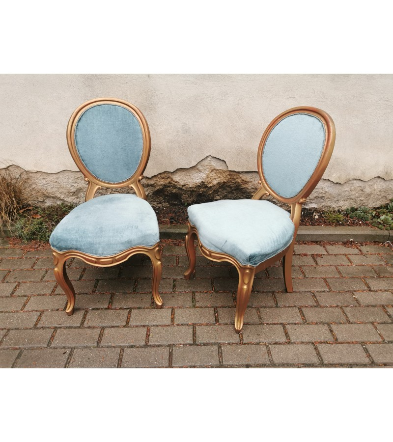 Kėdės antikvarinės mėlynu veliūru. 2 vnt. Kaina po 38