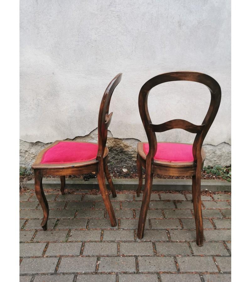 Kėdės antikvarinės. 2 vnt. Kaina po 42
